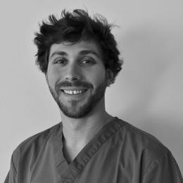 Dr Guillaume Naury - médecin dentiste